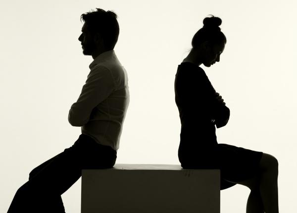3 Предупредителни знака, че Вашият партньор е тайно нещастен