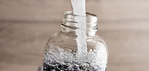 Колко често трябва да почиствате бутилката си за вода?