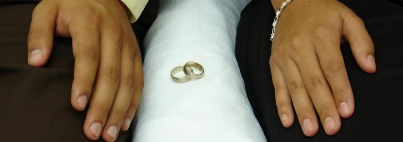 10 знака на езика на тялото, че вашият брак или връзка са в беда