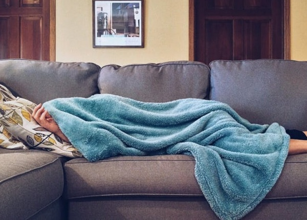 Защо жените имат нужда от повече сън отколкото мъжете?