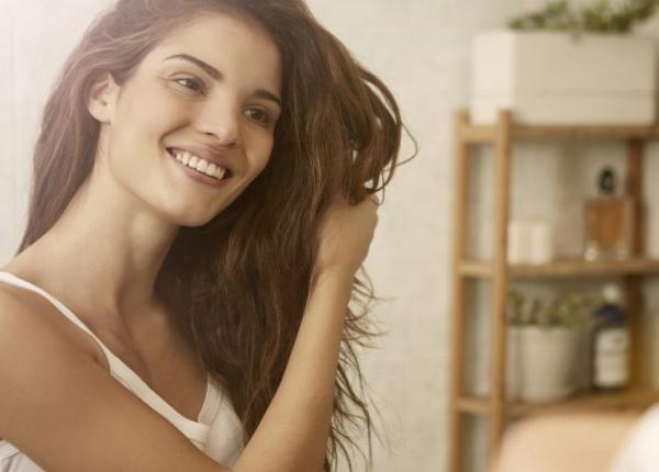 Няколко естествени начина да се сдобиете с по-гъста и здрава коса