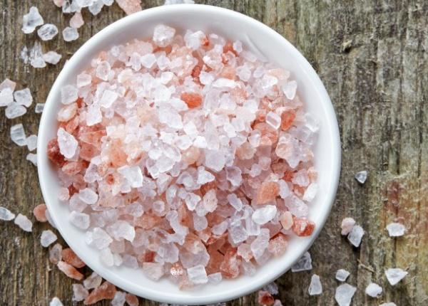 Ето 10 неща, които могат да се случат, когато започнете да използвате розова Хималайска сол.