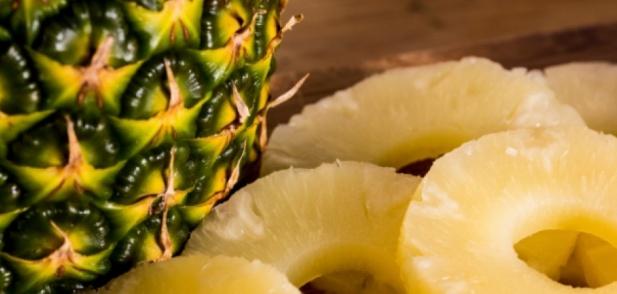 Полезните свойства на ананаса за кожата и косата