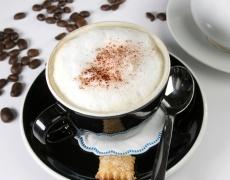Шоколадово капучино за сладко събуждане