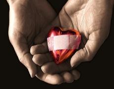 Разбитото сърце боли. Като след изгаряне