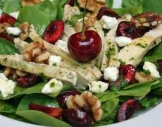 Рецепта за салата с пиле, череши и меден дресинг