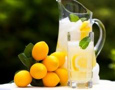 3 домашно приготвени напитки за отслабване