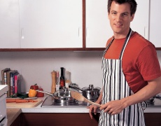 Защо мъжете не трябва да мият чинии?
