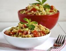 Рецепта за салата с пиле и булгур