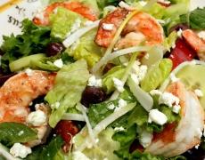 Рецепта за лятна салата със скариди