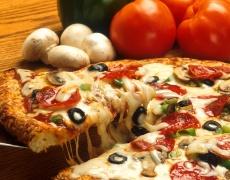Как да си приготвим вкусна пица и сладки вкъщи?