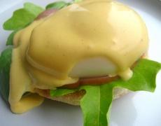 Яйца по бенедиктински и по бързата процедура