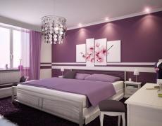 Лилавата спалня събужда страстта