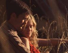 6 признака, че тя не му е само приятелка