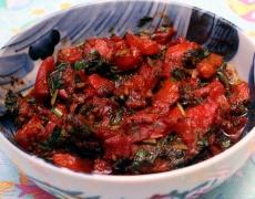 Рецепта за патладжани и чушки с орехов сос
