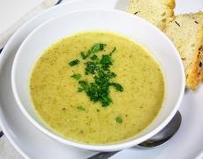 Френска супа с картофи и броколи