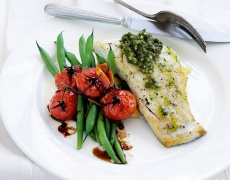 Риба на пара с лимоново масло и гъбен сос