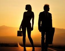 Защо мъжете предпочитат жени, които не търсят връзка? (част 2)