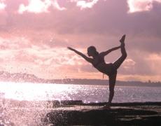 Ако ще е йога, да е гола йога