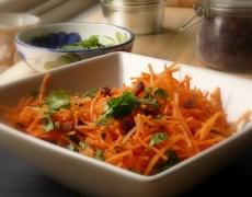 Морковена салата с риба тон
