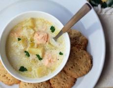 Супа със сьомга и ябълки