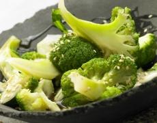 Вкусни кюфтета с броколи и извара