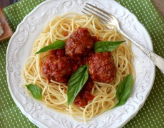 Вкусни спагети с кюфтенца