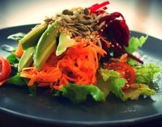 Детоксикираща салата