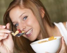 Засищащи и диетични храни, когато сте прегладнели