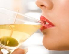 Каква жена си според питието, което обичаш: Мартини